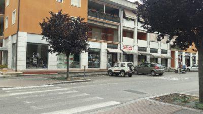 negozio esterno (3)
